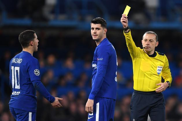 Fan Chelsea mỉa mai Morata: Đến dự bị cũng không xứng