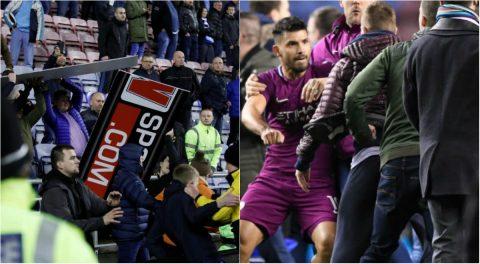 """CHÙM ẢNH: Thua sốc 'tí hon' Wigan, fan Man City nổi giận tấn công cảnh sát, đòi """"xử"""" cả trọng tài"""