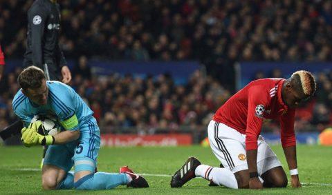 """Liệu """"Cú đá đít"""" của Mourinho có đủ với Pogba?"""