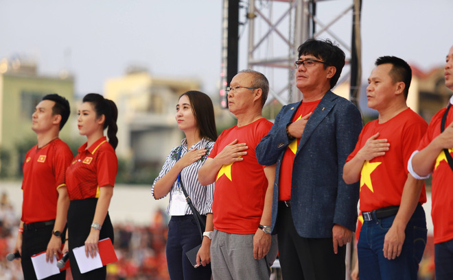 Chẳng phải ngôi Á quân châu lục, thử thách cam go hơn đã ập tới với HLV Park Hang-seo trong đầu năm mới