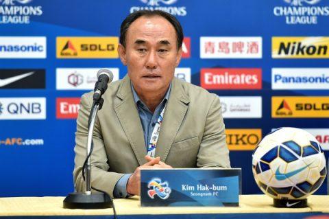 """Tân thuyền trưởng U23 Hàn Quốc, người đã khiến cho KFA chấp nhận """"buông"""" HLV Park Hang-seo là ai?"""
