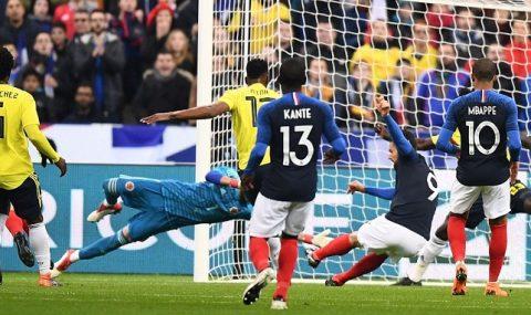 """Dẫn trước 2 bàn từ rất sớm, Gà trống vẫn bị Colombia """"vặt lông"""" một cách khó hiểu ngay trên sân nhà"""