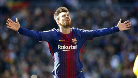 Lập cú đúp vào lưới Chelsea, Messi sánh vai cùng Ronaldo trong CLB 100 bàn Champions League khiến người người kính nể