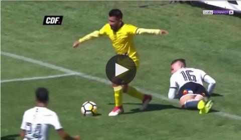 VIDEO: Cầu thủ đóng kịch như diễn hài, trọng tài vẫn thổi phạt đền khó tin