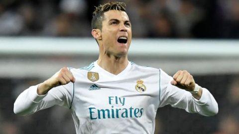 Ghi bàn xé lưới PSG, Ronaldo tiếp tục ghi danh vào lịch sử Champions League