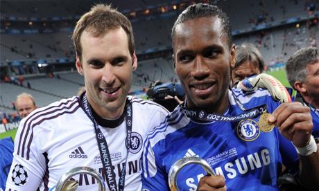 Mừng sinh nhật lần thứ 40, huyền thoại Chelsea bất ngờ tuyên bố giải nghệ khiến fan xót xa
