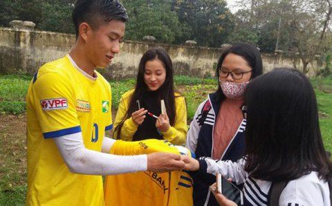 Phan Văn Đức bật mí bí quyết thi đấu thăng hoa cùng U23 VN và SLNA