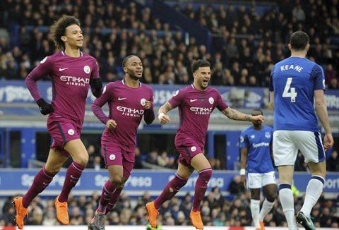 Xử đẹp Everton, thiên đường chỉ cách Man City một bước chân