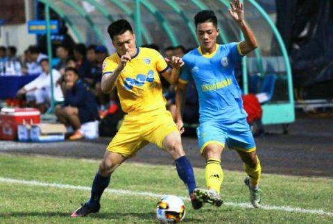 Tiến Dũng trổ hết tài nghệ, FLC Thanh Hóa vẫn nhận thất bại cay đắng trên sân của Sanna Khánh Hòa