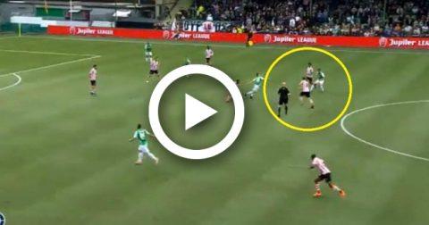 Khó tin: Cầu thủ nã đại bác tung lưới đội nhà ở khoảng cách 40m