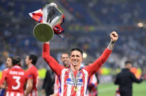 CHÙM ẢNH: Atletico thắng vang dội, Torres chia tay đội bóng trong ngập tràn hạnh phúc