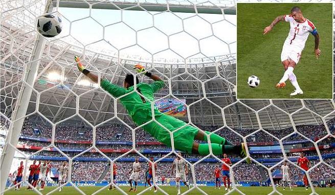 Kolarov lập siêu phẩm đá phạt thần sầu, Serbia giành 3 điểm đầu tiên tại World Cup 2018