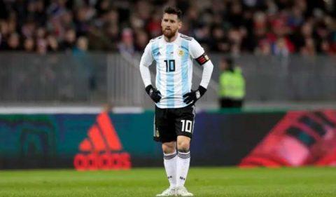 """Lộ đội hình ĐT Argentina ra sân đấu dàn chiến binh Viking: Tung đội hình """"hàng chợ"""", fan sợ Messi đơn độc"""