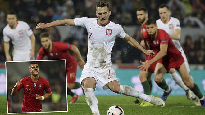 Tuyên bố không cần Ronaldo, Bồ Đào Nha bị đội bóng yếu nhất bảng cầm hòa thất vọng thế này đây!