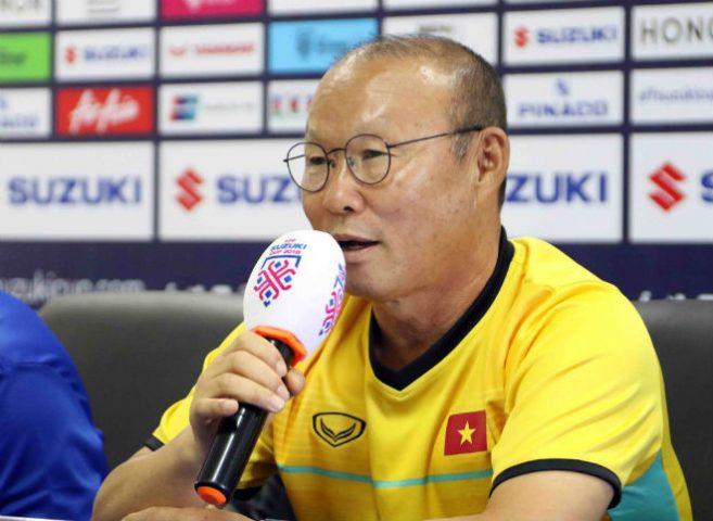 Họp báo ĐT Việt Nam đấu Lào: Park Hang Seo hứa hẹn sẽ bùng nổ, hơn 90 triệu dân vỡ òa