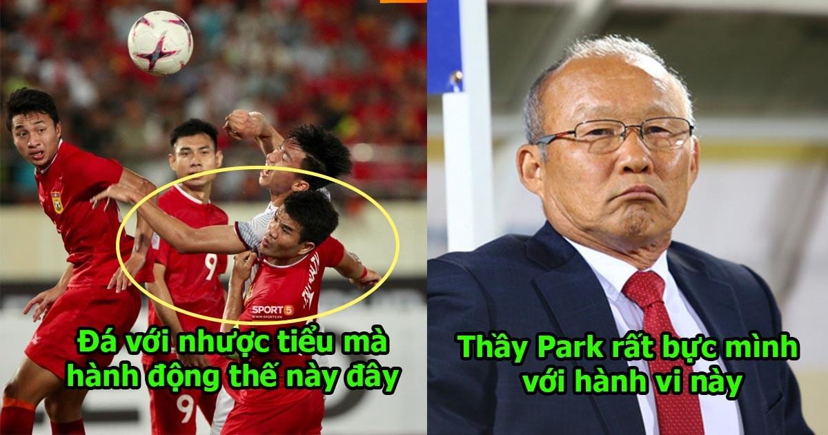 Đá với Lào nhưng vẫn sai lầm cực kỳ nghiệp dư, cục cưng của thầy Park nhận án phạt thích đáng