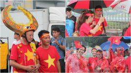 CHÙM ẢNH: CĐV Việt Nam đội mưa tới Bukit Jalil tiếp lửa cho ĐT Việt Nam, quá tuyệt vời!