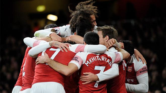 Thể hiện lối đá mờ nhạt, Arsenal nhọc nhằn giữ lại 3 điểm trên sân Emirates