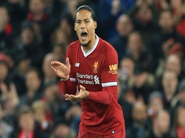 Van Dijk chi sẻ về điều giúp Liverpool tiến bộ vượt bậc