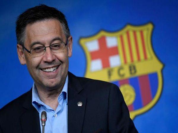 Tin bóng đá chiều 26/8: Chủ tịch Barca phủ nhận chuyện từ chức