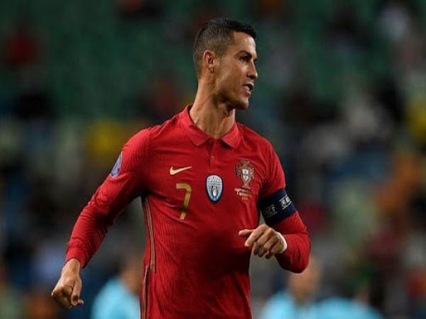 Bóng đá quốc tế 10/10: Ronaldo có thể bị phạt nặng vì bỏ cách ly