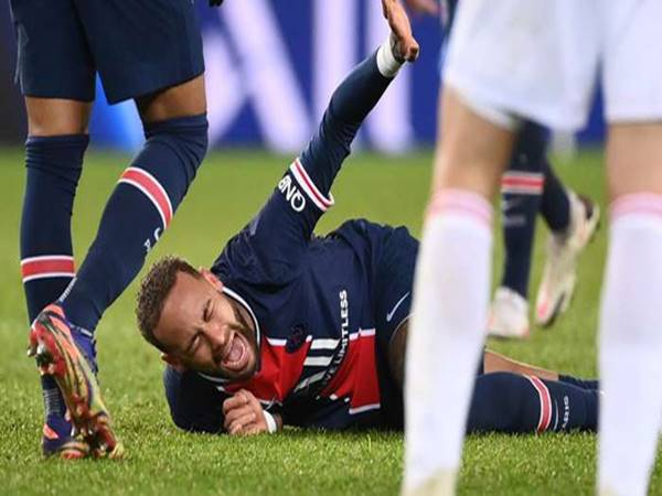 Bóng đá quốc tế sáng 14/12: Neymar dính chấn thương nặng