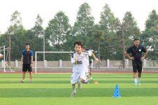 Chia sẻ 10 cách học đá bóng cho người mới