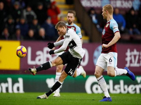 Soi kèo Burnley vs Fulham, 01h00 ngày 18/2 – Ngoại Hạng Anh